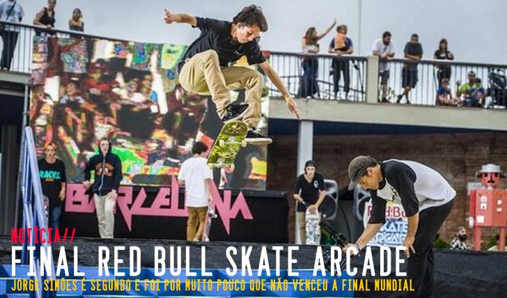 2759Jorge Simões é segundo na final RED BULL Skate Arcade