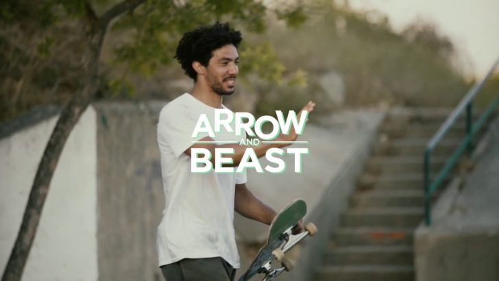 "17720ARROW & BEAST ""de Férias""